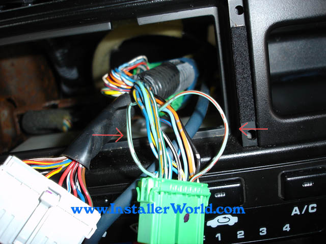 98HCR13 96 98 honda civic radio removal 1996 honda civic wiring harness at mifinder.co